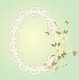 Предпосылка с рамкой шнурка с цветками Стоковые Изображения