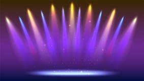 Предпосылка с лучами света от покрашенных фар Яркое освещение с фарами расцветки, репроектор посвечено Стоковое Фото