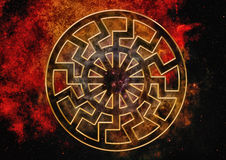 Предпосылка с черным символом Солнця Стоковая Фотография RF