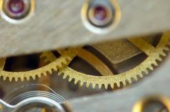 Предпосылка с cogwheels металла clockwork сердце вишни схематическое сделало томаты фото Стоковая Фотография