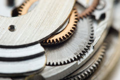 Предпосылка с cogwheels металла clockwork сердце вишни схематическое сделало томаты фото Стоковое фото RF