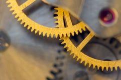 Предпосылка с cogwheels металла clockwork Стоковая Фотография RF