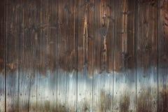 Предпосылка текстуры Брайна деревянная с светлым дном Стоковая Фотография