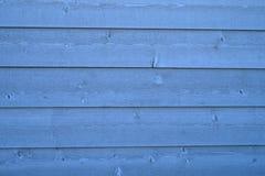 Предпосылка текстуры горизонтальных прямых стены голубых планок деревянная Стоковая Фотография