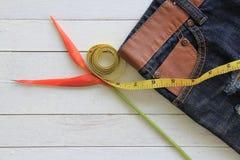 Предпосылка текстуры голубых джинсов, Стоковые Фотографии RF