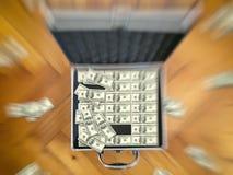 Предпосылка финансов 100 долларовых банкнот Стоковые Фотографии RF