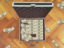 Предпосылка финансов 100 долларовых банкнот Стоковая Фотография RF