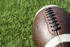 Предпосылка футбола близкая поднимающая вверх Стоковые Изображения RF