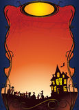 Предпосылка хеллоуина с преследовать домом и погостом Стоковое Изображение