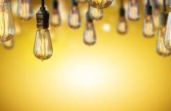 Предпосылка электрической лампочки Стоковая Фотография