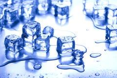 предпосылка cubes льдед Стоковые Фотографии RF