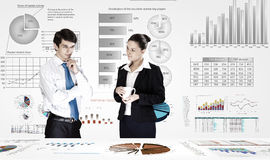 предпосылка diagrams финансовохозяйственная белизна отчете о пер oer стоковое фото
