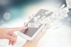 Предприниматель используя таблетку цифров Стоковые Фото