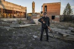 Представитель русской мафии, молодой бандит стоковые фото