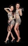 Представление. 2 счастливых женщины в театральных костюмах на ботинках платформы Стоковое Изображение RF