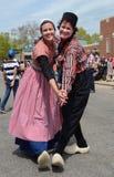 Представление танцоров фестиваля времени тюльпана Стоковые Изображения