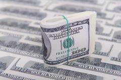 представляет счет доллар 100 Стоковые Фотографии RF