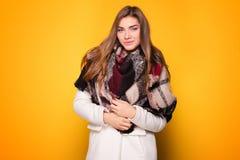 Представлять девушки моды молодой модельный Стоковое фото RF