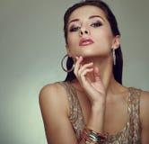 Представлять женщины состава очарования. Мода искусства стоковая фотография rf
