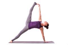 Представлять молодой красивой йоги женский Стоковое фото RF