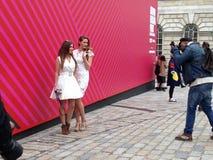 Представлять на неделе моды Лондона Стоковое Изображение