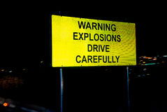 Предупреждающие взрывы управляют тщательно Стоковое Изображение