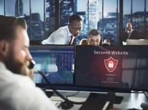 Предупреждающим концепция вебсайта системы охранного оповещения обеспеченная предупреждением Стоковая Фотография RF