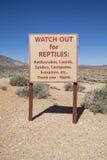 Предупредительные знаки для опасной живой природы стоковая фотография