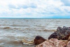 предыдущее лето берега утра озера Стоковая Фотография