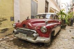 Предыдущие 50's Buick Гавана стоковые фотографии rf