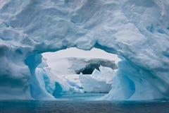 приантарктический айсберг Стоковые Изображения RF