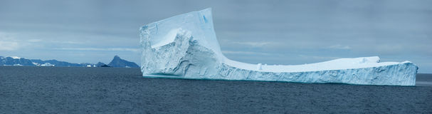 приантарктический ледяной остров Стоковые Фото