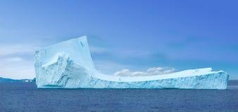 приантарктический ледяной остров Стоковые Изображения RF