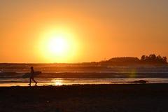 Прибой захода солнца Стоковое фото RF