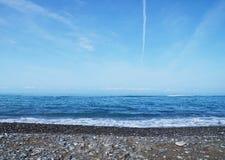 Прибой моря на пляже Стоковое Изображение