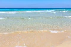 Прибой моря на пляже Стоковое Изображение RF