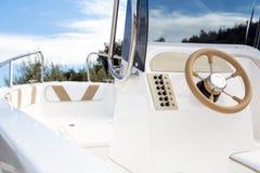 Приборный щиток и рулевое колесо Стоковые Изображения RF