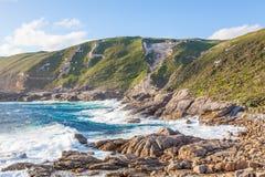 Прибрежная сцена в национальном парке Torndirrup Стоковая Фотография RF