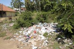 Прибрежное загрязнение, Nusa Penida, Индонезия Стоковое Фото