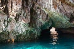 Прибрежные утесы острова Капри, малого грота Стоковое Изображение RF