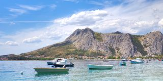 Прибрежный город Omis Стоковое Изображение RF