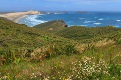 Прибрежный ландшафт, накидка Reinga, Новая Зеландия стоковые изображения