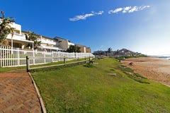 Прибрежный ландшафт на пляже Дурбане Южной Африке Ballito стоковые фото