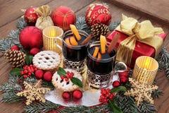 прибытия рождества печений кануна камина молока shortbread места подготовки s santa вне установленный Стоковые Фотографии RF