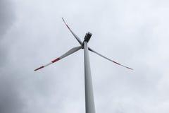 приведенный в действие ветер турбины Стоковые Изображения