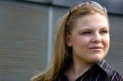 привлекательная белокурая женщина стоковые фото