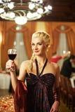 привлекательная белокурая стеклянная женщина Стоковая Фотография