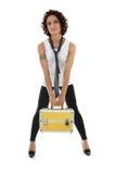привлекательная излишек представляя женщина toolbox белая Стоковые Фотографии RF