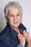 привлекательная старшая женщина Стоковая Фотография
