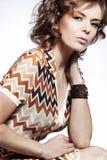 привлекательное woma лета платья стоковая фотография rf